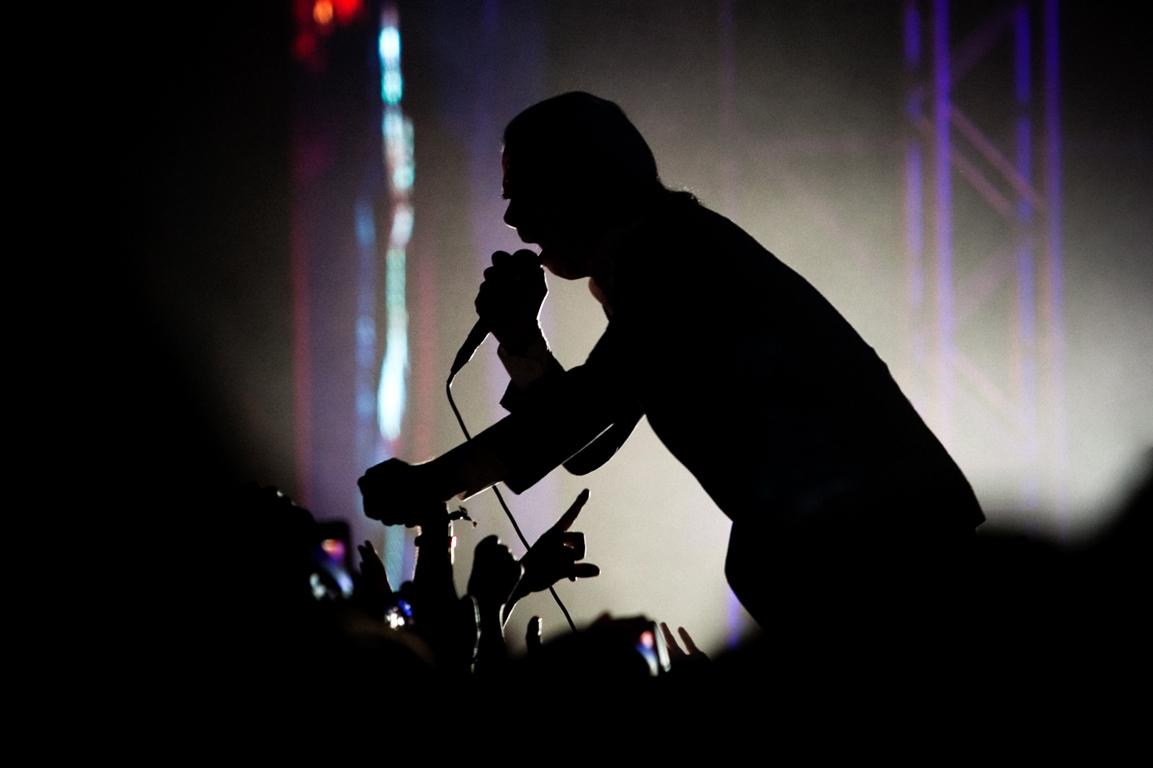 http://marisacardoso.com/files/gimgs/th-3_3_mcalive2011nick-cave.jpg